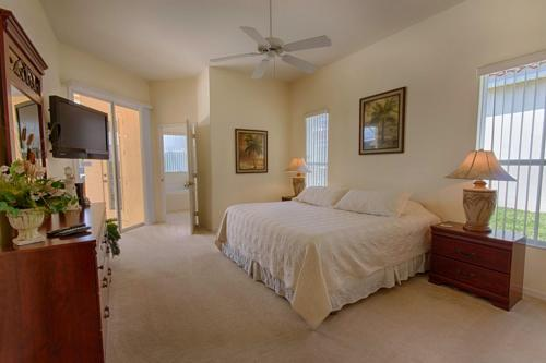 49928 by Executive Villas Florida Photo