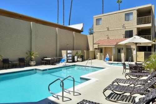 BEST WESTERN PLUS Anaheim Inn Photo