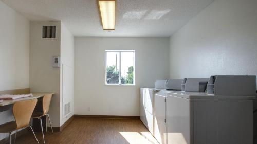 Motel 6 Salt Lake City South - Lehi Photo