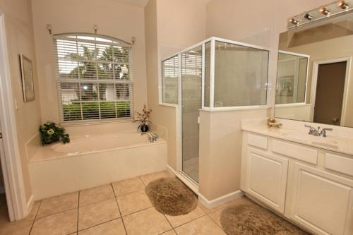 49938 by Executive Villas Florida Photo