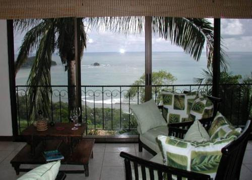 Canto del Mar Ocean View Villas Photo
