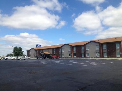 Photo of Baymont Inn & Suites - Beloit