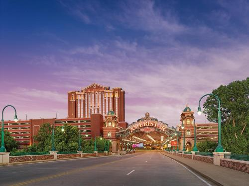 Ameristar Casino Resort Spa St. Charles Photo