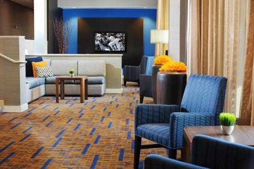 Courtyard by Marriott San Antonio Airport Photo