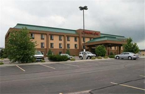 Hampton Inn Mitchell Photo