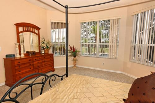 49925 by Executive Villas Florida Photo