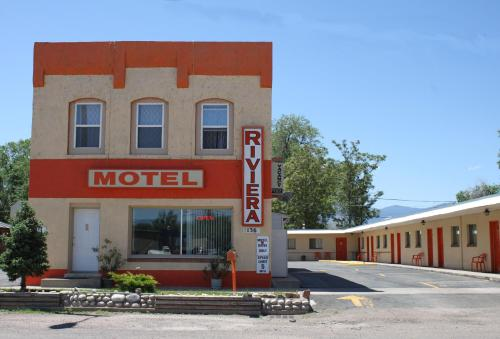 Riviera Inn Photo