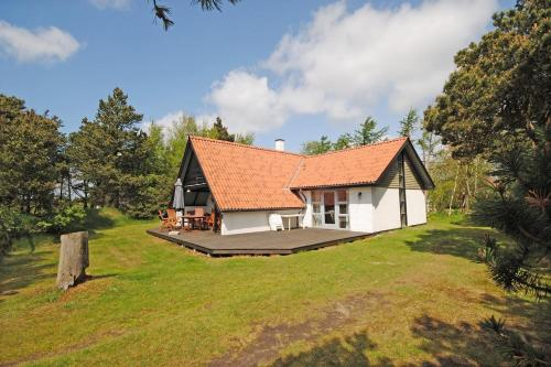 Гостиница «Holiday home Hybenvej B- 1942», Lem
