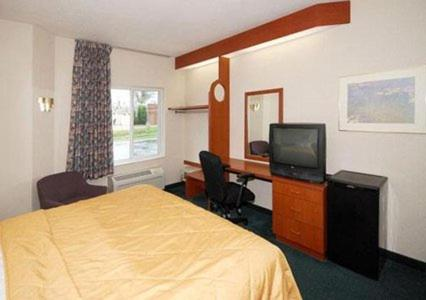 Sleep Inn & Suites Milan Photo