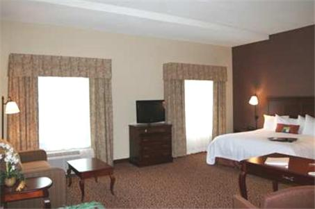 Hampton Inn & Suites Brookings in Brookings