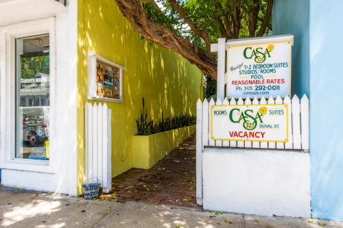 Casa 325 Guesthouse (Bed and Breakfast)