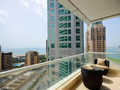 Cheap hotels near dubai marina last minute hotel deals for Cheap luxury hotels in dubai