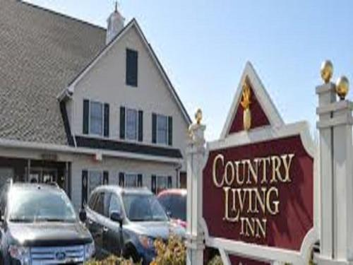 Country Living Inn Photo