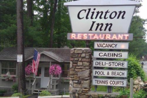 Clinton Inn Photo