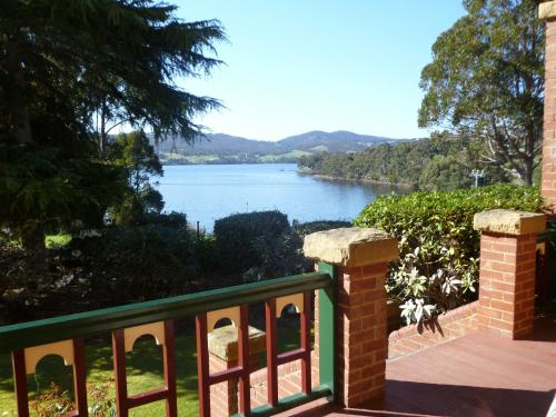 Donalea Bed and Breakfast & Riverview Apartment