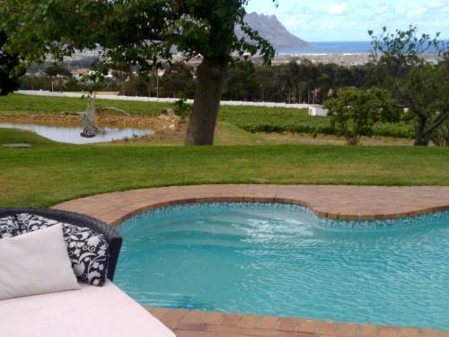 Capelands Wine Farm Photo