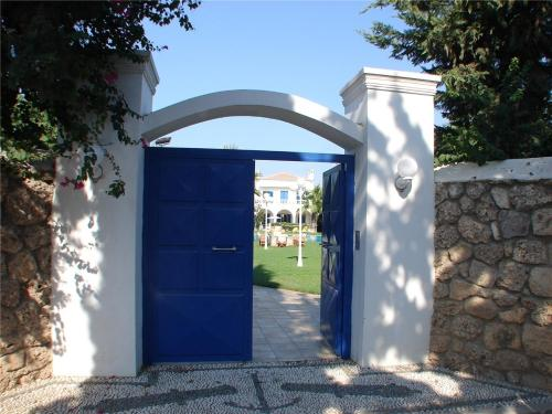 Spetses Mansion