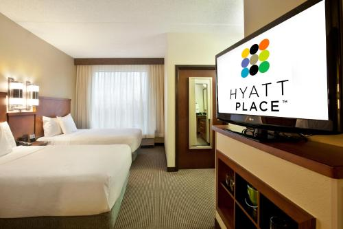 Hyatt Place Atlanta Airport North Photo