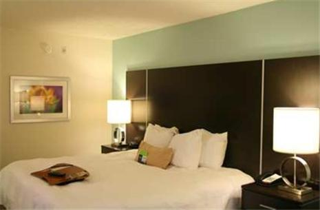Photo of Hampton Inn Shreveport-Airport Hotel Bed and Breakfast Accommodation in Shreveport Louisiana