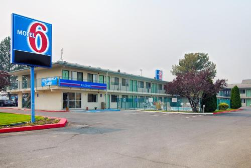 Motel 6 Winnemucca Photo
