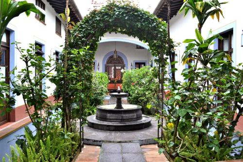 Meson del Alferez Coatepec Photo