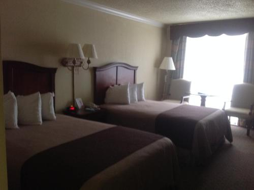 Best Western Plus Burlington Photo