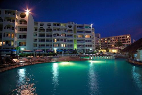 Aquamarina Beach Hotel Photo