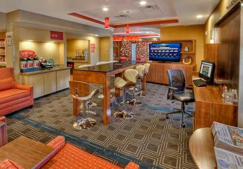 TownePlace Suites Oklahoma City Airport Photo