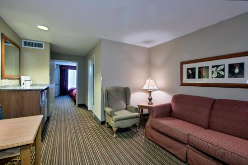 Country Inn & Suites by Radisson, Williamsburg Historic Area, VA Photo