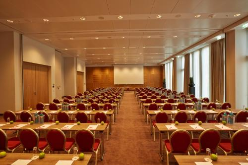 Ramada Hotel & Conference Center München Messe photo 53