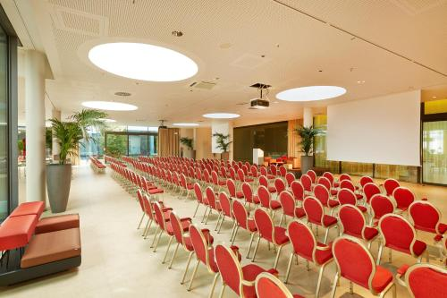 Ramada Hotel & Conference Center München Messe photo 55