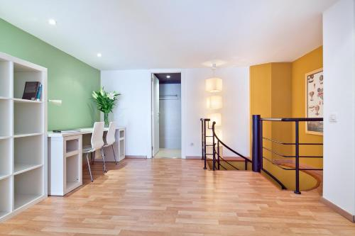 Inside Barcelona Apartments Sants photo 53