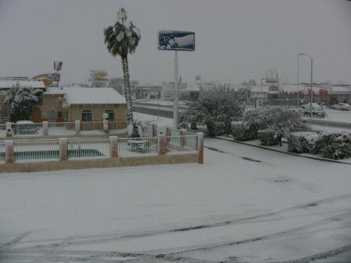 Travelodge Victorville Photo