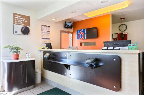 Motel 6 Idaho Falls Photo