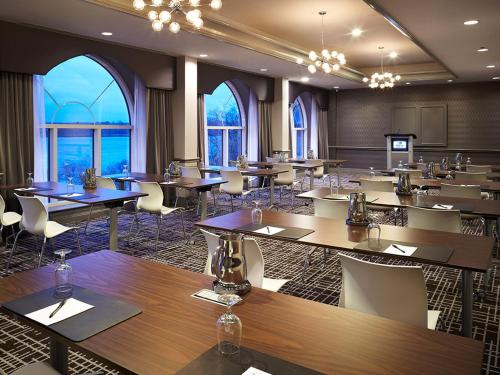 Delta Hotels by Marriott Fredericton Photo