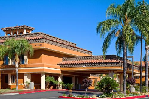 Holiday Inn Express Moreno Valley - Lake Perris