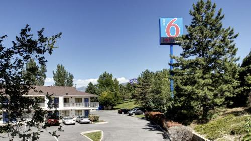 Motel 6 Salt Lake City North - Woods Cross