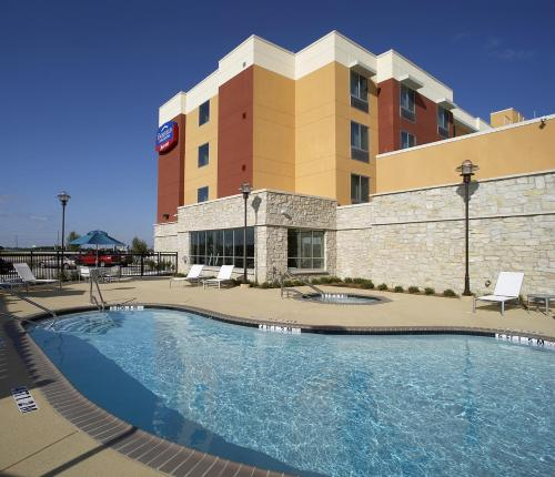 Fairfield Inn & Suites Dallas Plano/The Colony Photo
