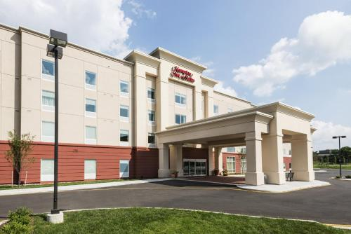 Hampton Inn & Suites Wilmington Christiana in Newark
