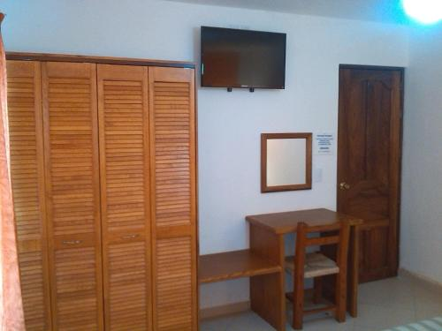 Hotel y Suites Corita Photo