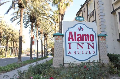 Alamo Inn and Suites - Convention Center Photo