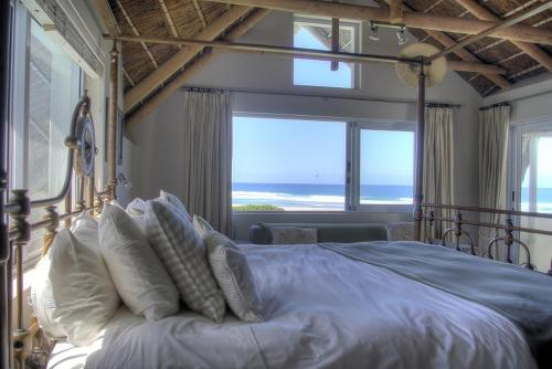Cape St Francis Beach Break Villas Photo