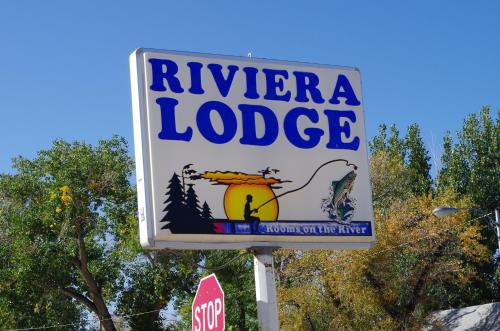 Riviera Lodge Photo