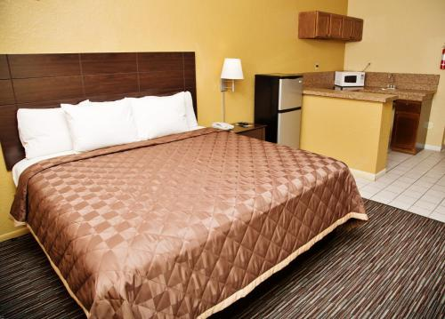 Winchester Inn and Suites Humble/IAH/North Houston Photo