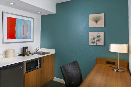 SpringHill Suites by Marriott Orlando Lake Buena Vista in Marriott Village photo 15