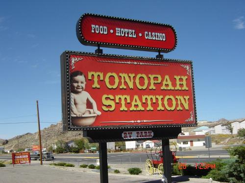Tonopah Station Hotel and Casino Photo