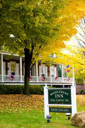 Middlebury Inn Photo