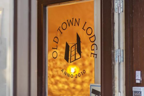 Old Town Lodge (Bed and Breakfast)