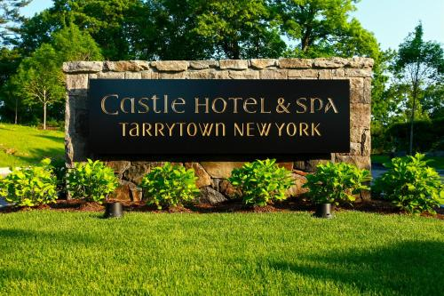 Castle Hotel & Spa Photo
