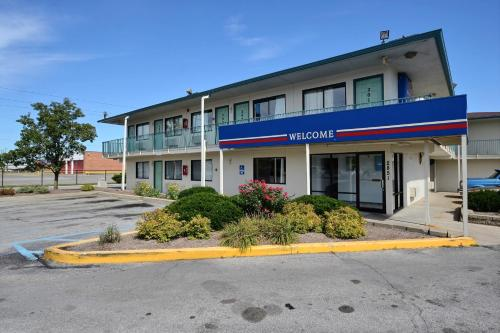 Motel 6 Indianapolis East Photo